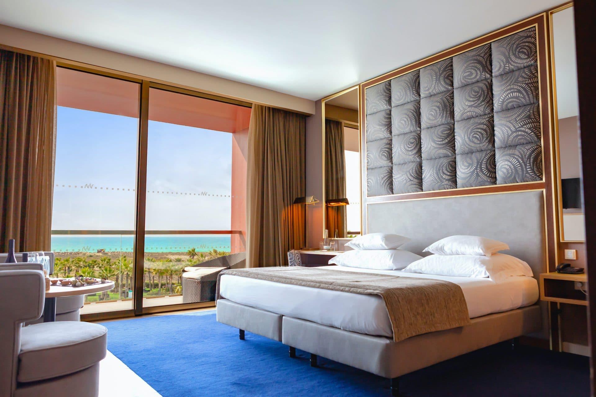 Premium-double-interior-vidamar-hotels-resorts-algarve